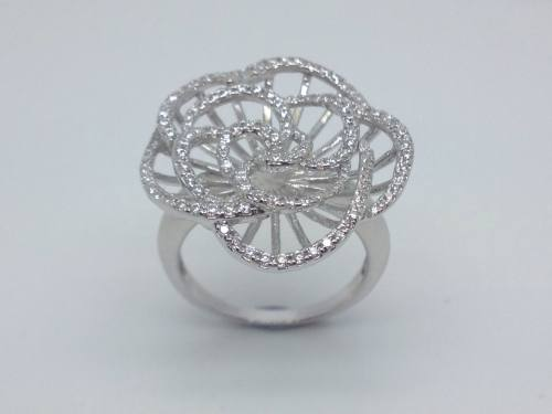 Silver CZ flower Ring Size M Rhodium Plated