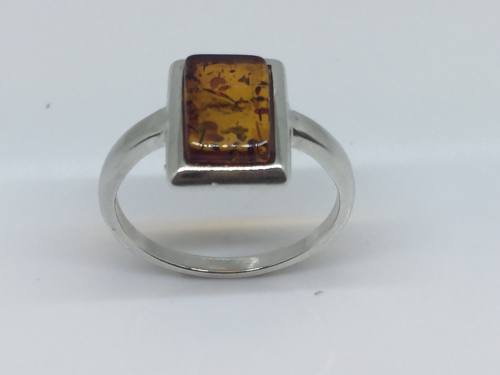 Silver Oblong Amber Ring