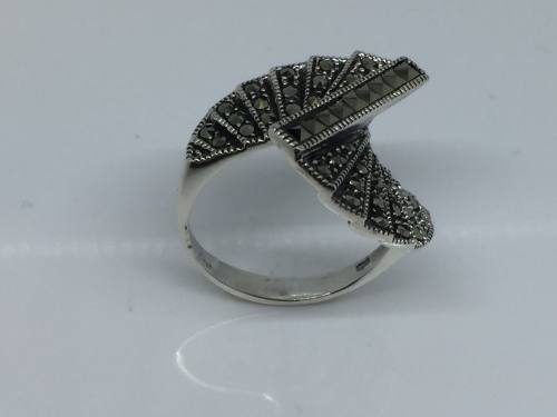 925 Marcasite Twisted Stair Ring