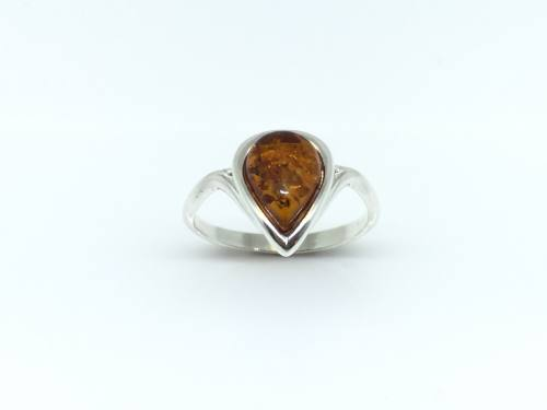 Silver Amber Pear shaped Ring approx 10x12mm