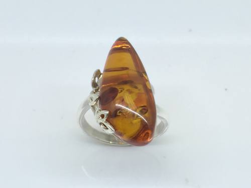 Silver Amber Teardrop shape Ring approx 10x28mm