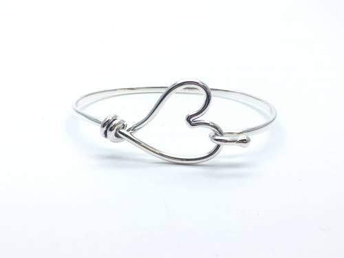 Silver Heart Hook Clasp Bangle