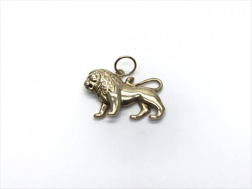 9ct Yellow Gold Lion Pendant