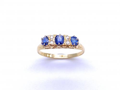 18ct Diamond & Synthetic Sapphire Ring