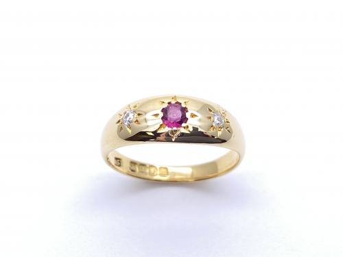 An Old 18ct  Ruby & Diamond 3 Stone Ring