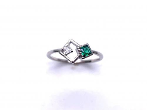 Silver Green CZ Offset Square Shapes Ring N