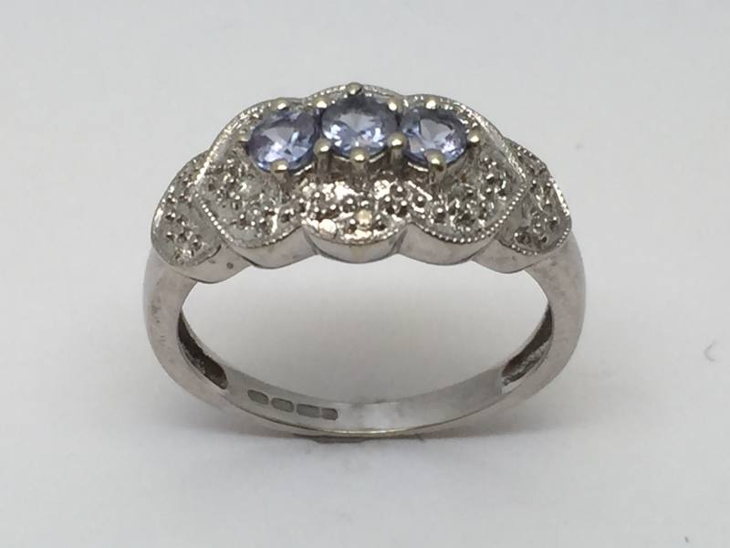 Secondhand 9ct White Gold Diamond Dress Ring At Segalu0026#39;s Jewellers