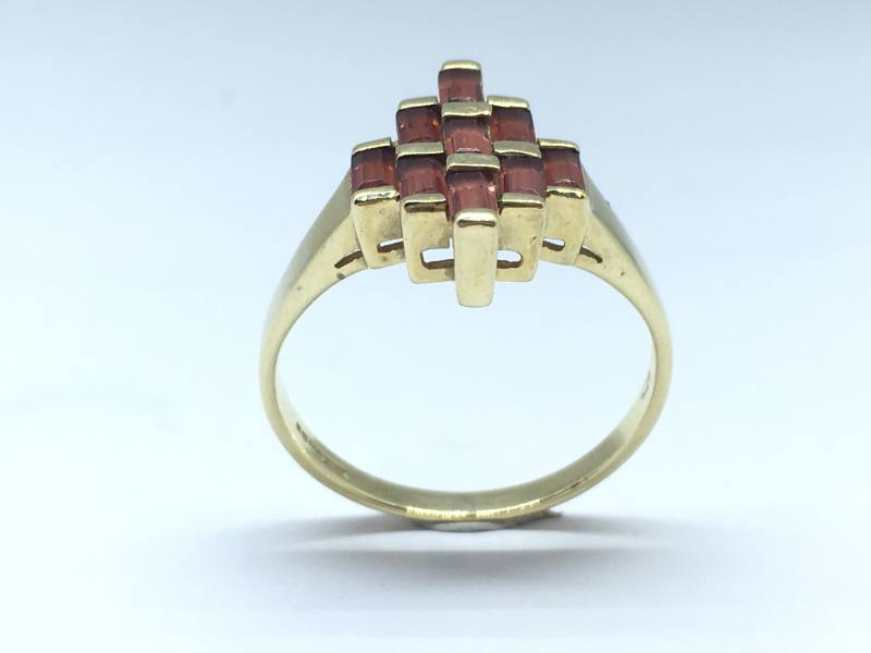 Secondhand 9ct Yellow Gold Dress Ring At Segalu0026#39;s Jewellers